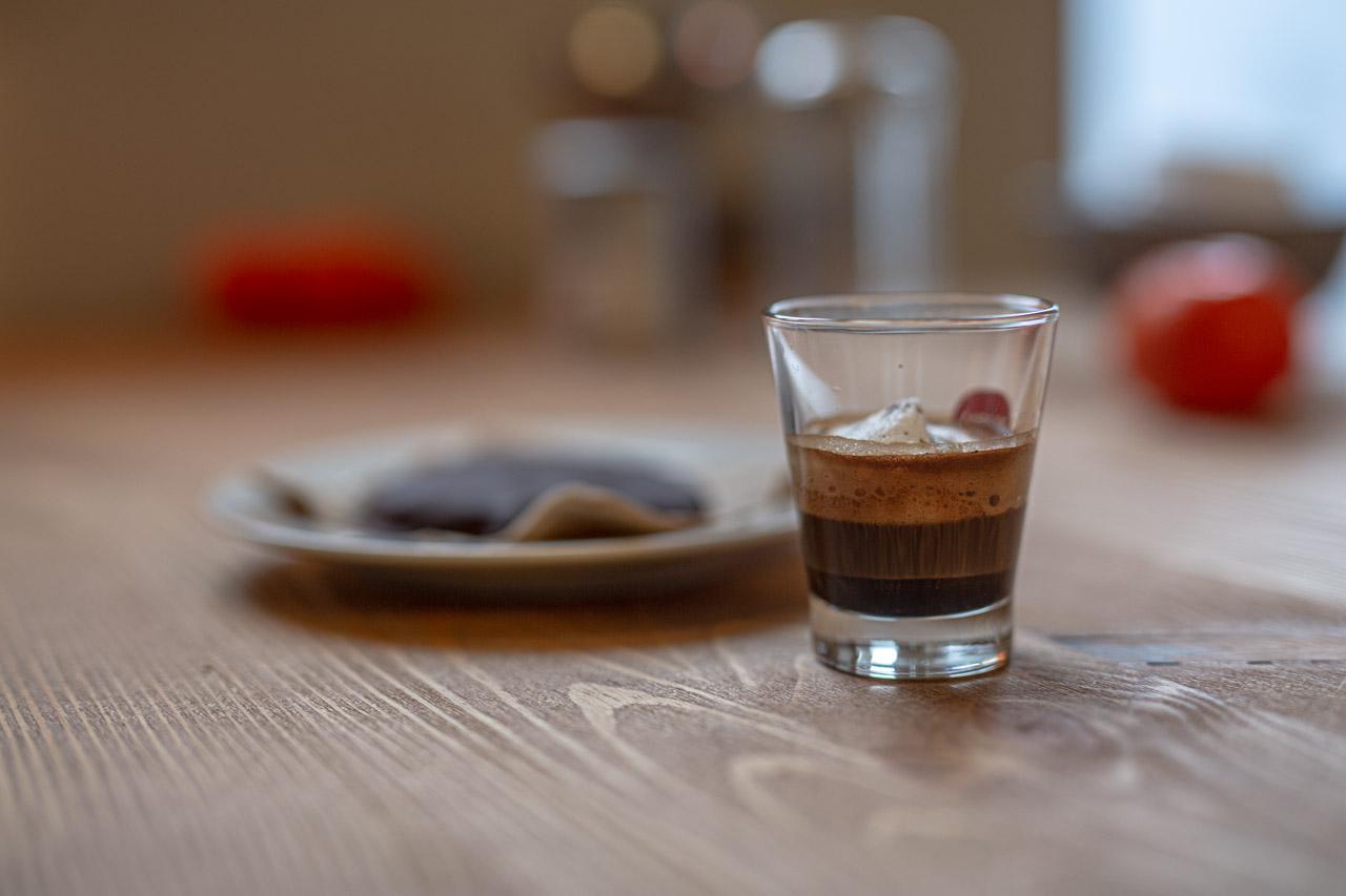 Espresso mit Lebkuchen